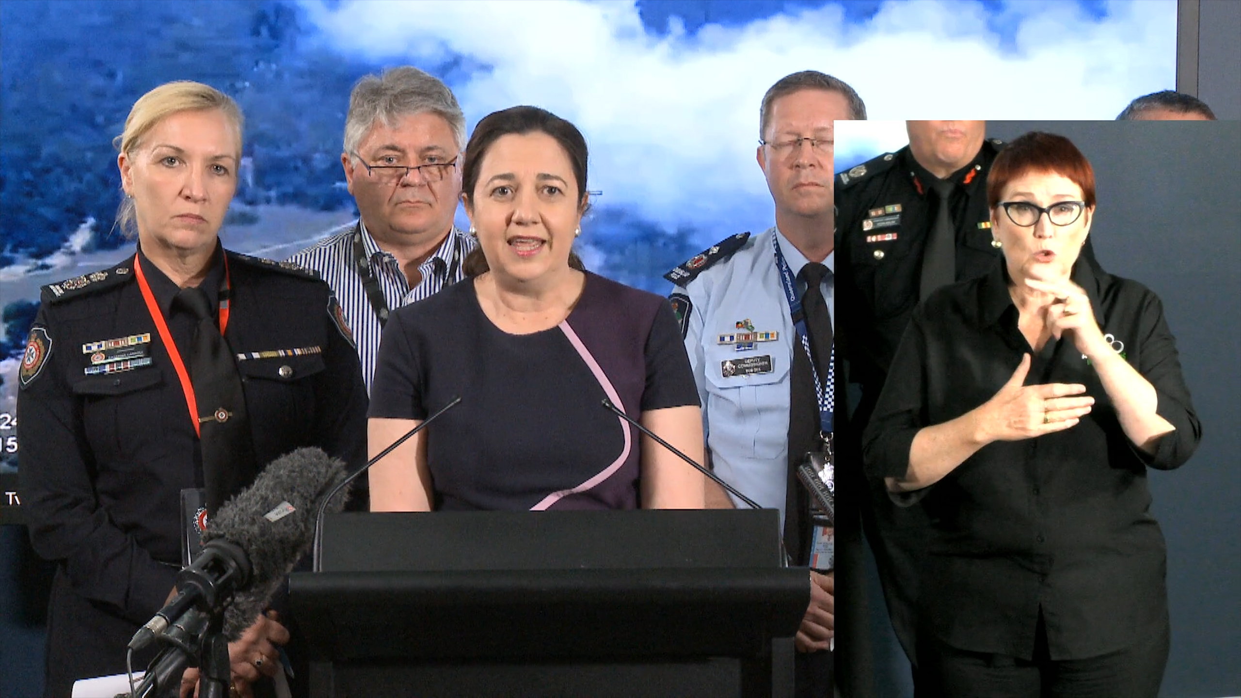 Evening Press Conference on the latest fire conditions for Queensland, December 2 2018.