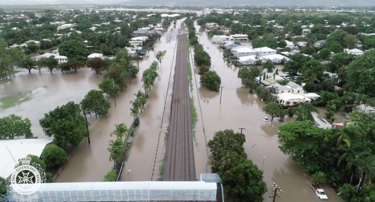 Aerial footage of flooding in Railway Estate, Townsville.