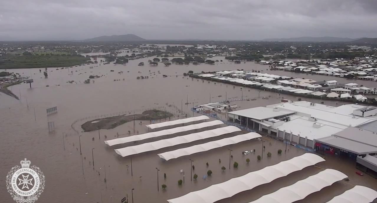 Aerials of flooding around Cluden and Wulguru in Townsville.